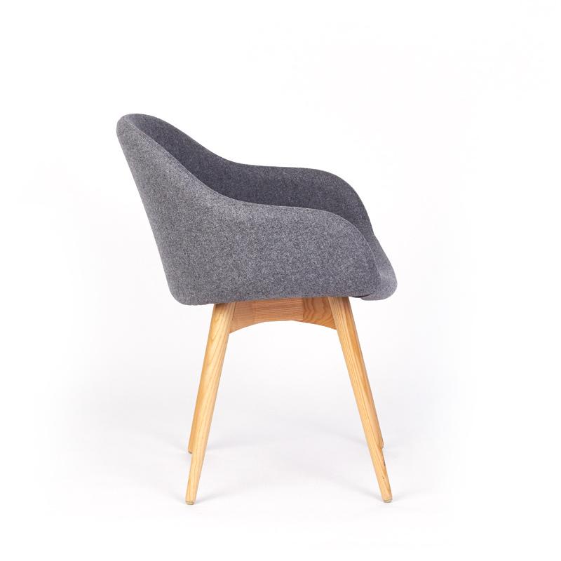 Midj chair (1)