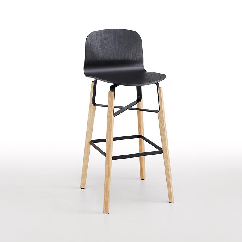 Liu-bar-stool-timber-leg
