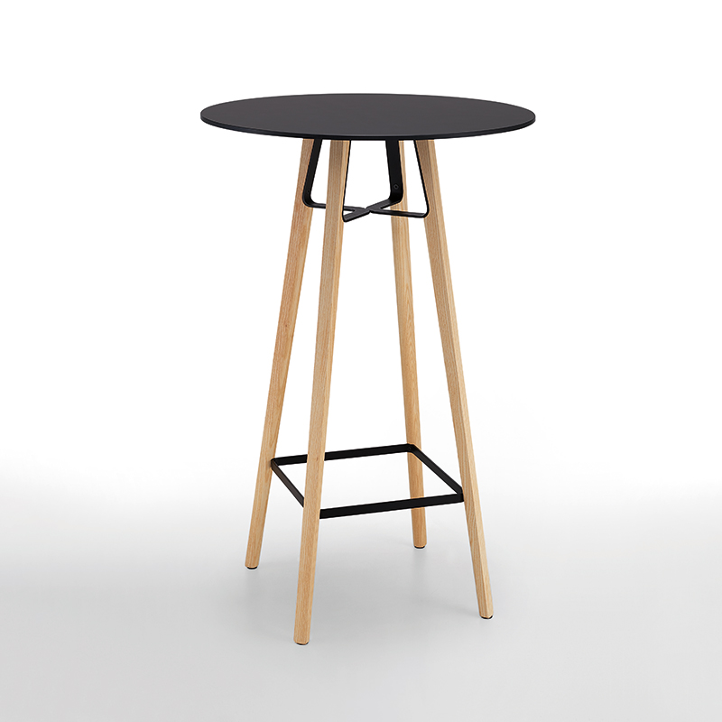 Liu-bar-table