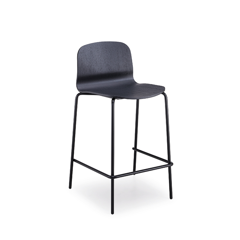 Liu-metal-bar-stool
